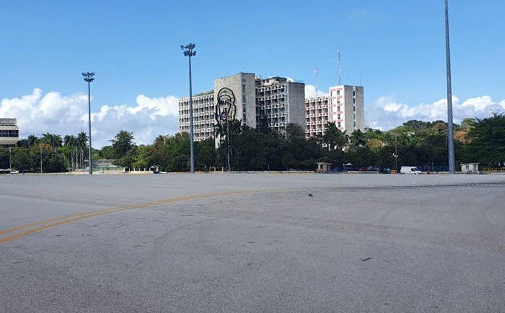 Küba Devrim Meydanı